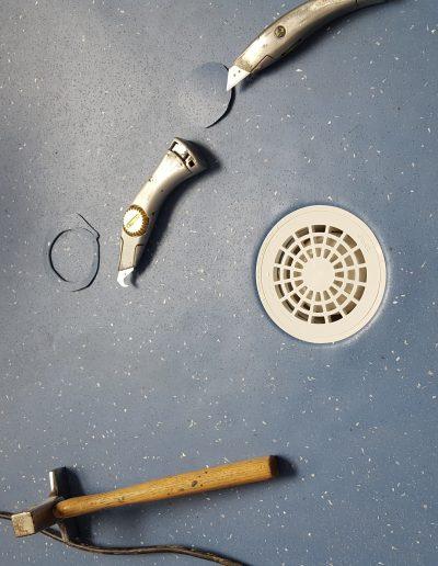 Peter dob vloeren in natte ruimtes (PVC en Marmoleum)